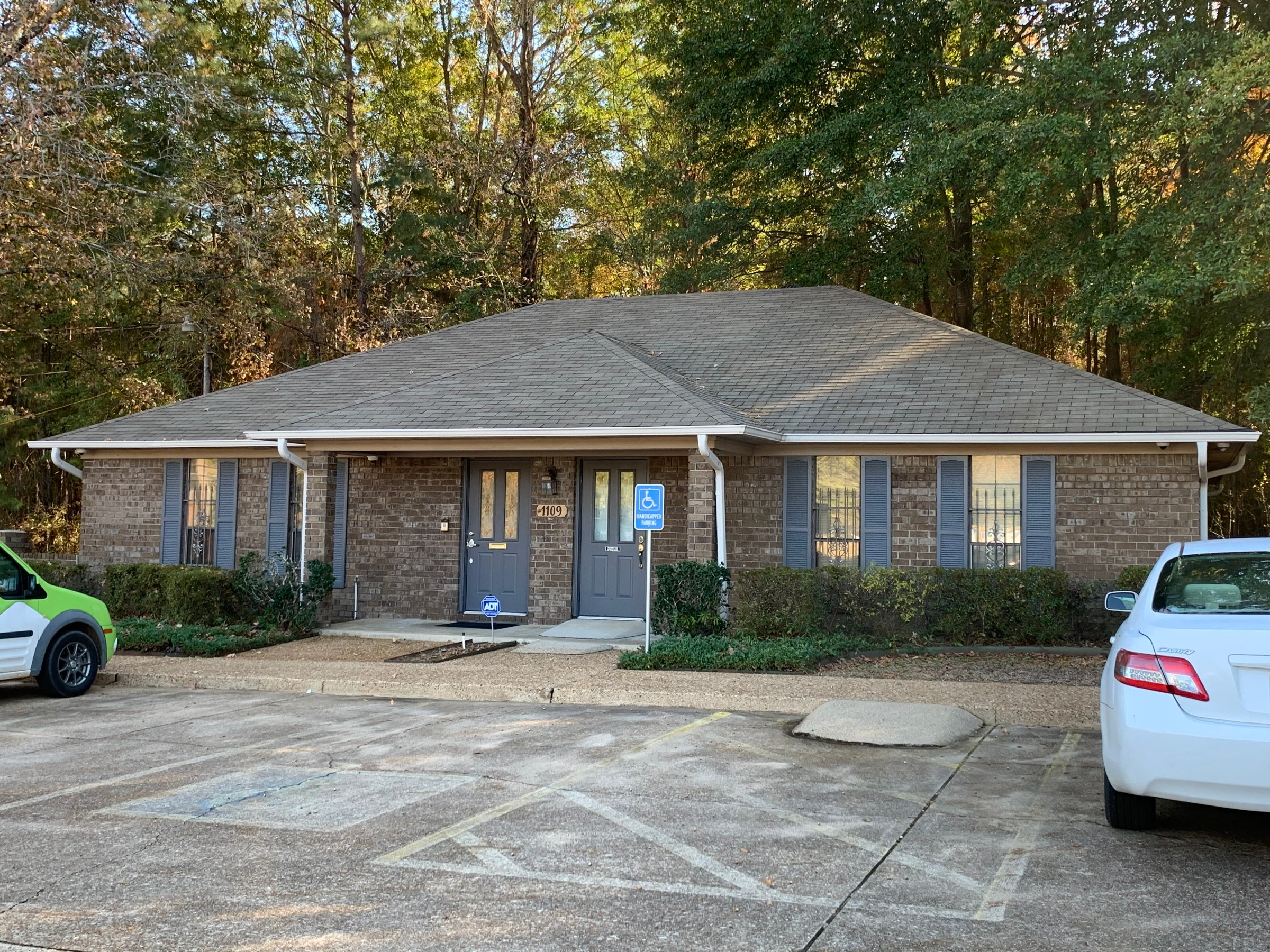 1109-1113 College Dr. Texarkana, TX  for Sale or Lease